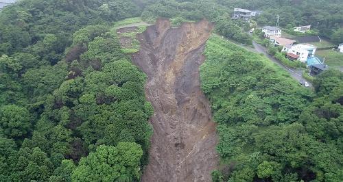 〔写真3〕源頭部の標高は約390m