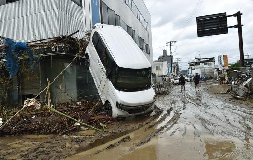 〔写真2〕人吉市の中心部が広範囲にわたって浸水