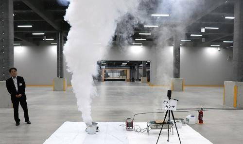 〔写真1〕自社開発の物流施設で公開実験