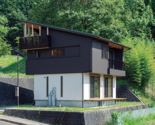 〔写真2〕御杖村に建てた体験住宅