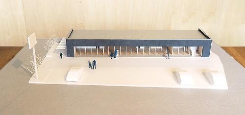 模型写真は、同県南国市で設計中の「大埇のテナント」(設計:風憬社)