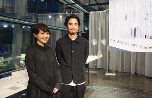 高田 一正(右)、八木 祐理子(左)(写真:日経アーキテクチュア)