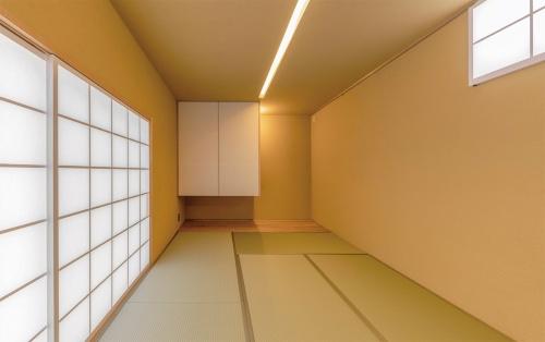 〔写真6〕2方向に開口部を設けた和室