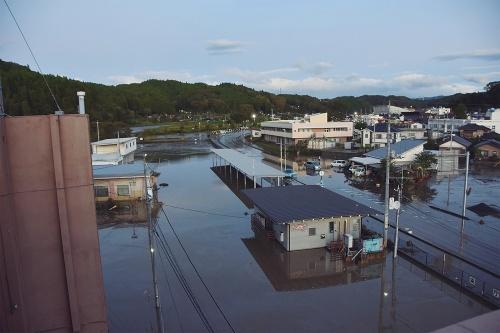 〔写真1〕新庁舎の建設予定地が台風で浸水