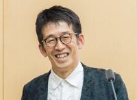 ちば まなぶ:1960年生まれ。87年東京大学大学院修了。日本設計、ファクターエヌアソシエイツなどを経て2001年千葉学建築計画事務所設立、東京大学大学院工学系研究科建築学専攻准教授。13年同教授(写真:Wu Chia-Jung)