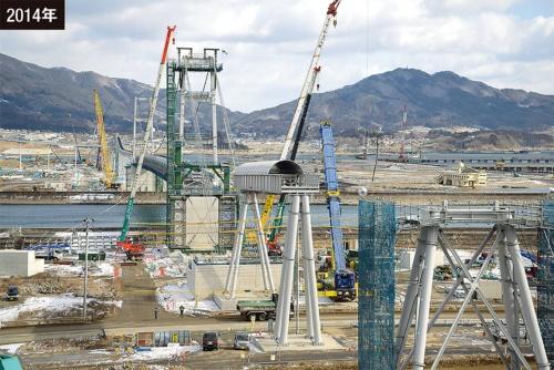 今泉地区の土砂を高田地区に運ぶための巨大ベルトコンベヤー(写真:村上 昭浩)