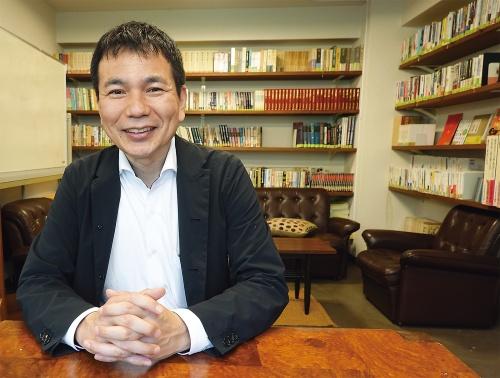 安田 哲也氏