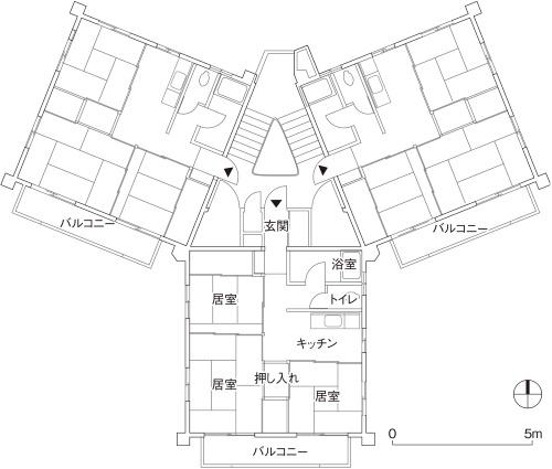 図面は旧赤羽台団地に残る中層スターハウスの基準階平面図。日本のスターハウスは、建築家の市浦健が考案したとされる(資料:都市再生機構の資料や取材などを基に日経アーキテクチュアが作成)