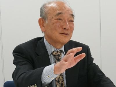 当時NECでパーソナルコンピュータ販売推進本部長を務めた富田克一氏
