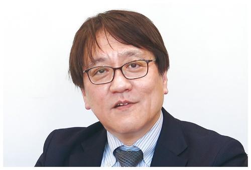 当時経産省で担当していた八尋俊英氏は、著作権や個人情報保護のルール整備が大きな成果だったと振り返る