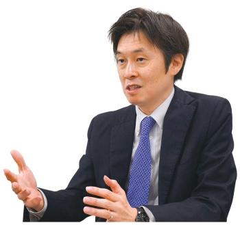 経済産業省の成田達治審議官