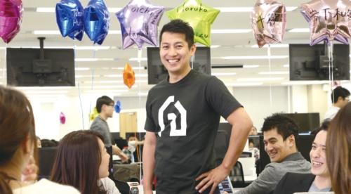 サイト設計から営業、リノベーション設計まで多様 な人材を雇用。「一気通貫でサービスを提供する」(写真:陶山 勉)