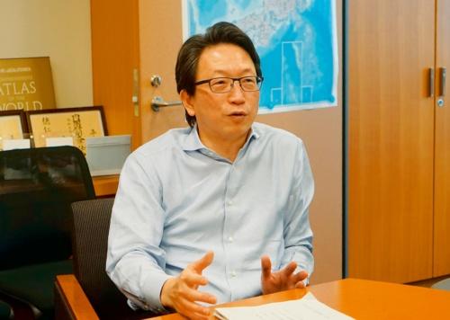 写真 新型コロナウイルス感染症対策テックチームの事務局長を務める平将明内閣府副大臣