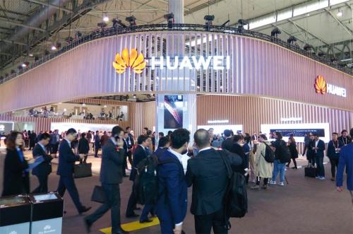 2019年2月末に開催された携帯関連見本市「MWC19バルセロナ」での中国ファーウェイ(華為技術)のブース