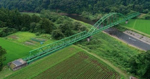 写真2■ 鳴瀬川に架かる掃出水管橋(写真:宮城県)