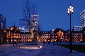 東京駅丸の内駅前広場、行幸通り(東京都千代田区)