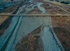 伐木・掘削の着手後の空撮写真(写真・資料:松嶋建設)