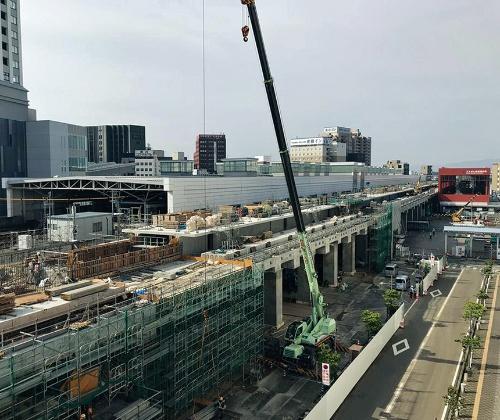 写真1■ 北陸新幹線の工事が進む福井駅。20年6月撮影(写真:福井県)