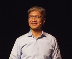 図1 Xilinx CEOのVictor Peng氏
