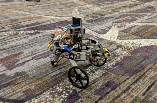 図1 Intelが開発したSoCを搭載するロボット