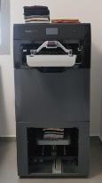 図1 FoldiMateの洗濯物畳みロボット