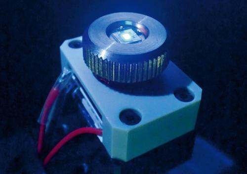 (a)NICTの高出力深紫外LED