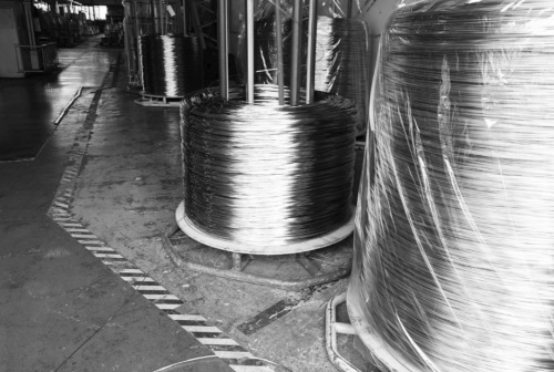 図2 銅線の原料となる直径2.6mmの銅素材