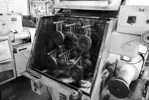 図3 30年以上使っている細線機