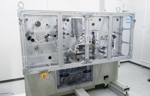 図2 技術検証に用いている小型の巻き線機