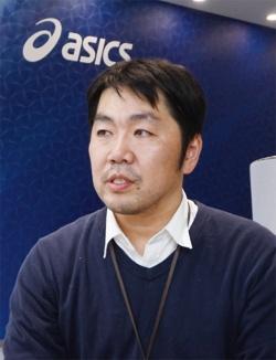 図2 アシックスの谷口憲彦氏