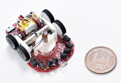 松井氏が開発したマイクロマウス