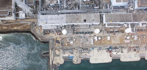 震災直後の福島第1原子力発電所 2011年3月