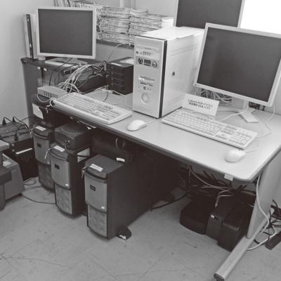 今回のトラブルの舞台になったネットワークのサーバー室