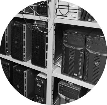 モアシステムのサーバー室の様子
