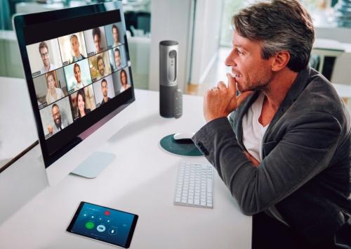 図4●「Zoom」を使ったビデオ会議のイメージ