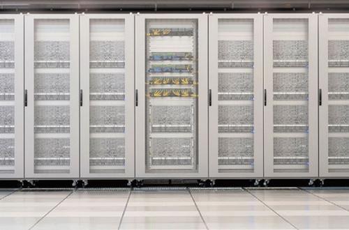図1 PFNのスーパーコンピュータ「MN-3」の外観