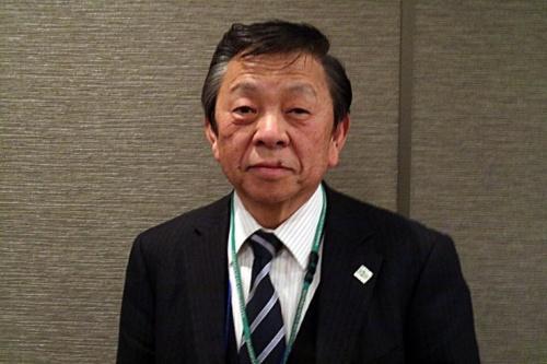 写真●佐田洋一郎大学研究推進機構知的財産センター長