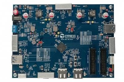 新製品の評価ボード。Cypressの写真
