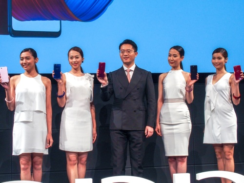 写真1●OPPO Japanが新製品発表会を開催(撮影:山口 健太、以下同じ)