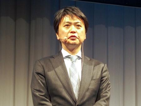 写真2●NECパーソナルコンピュータの河島良輔執行役員