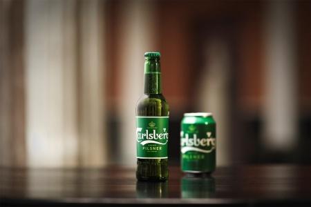 カールスバーグの旗艦ブランドであるビール「Carlsberg」
