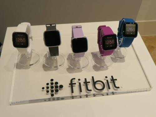 「Fitbit Versa ライトエディション」