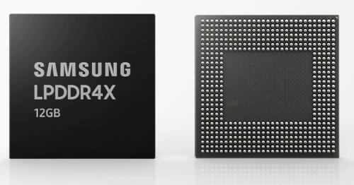 今回の新製品。Samsungの写真
