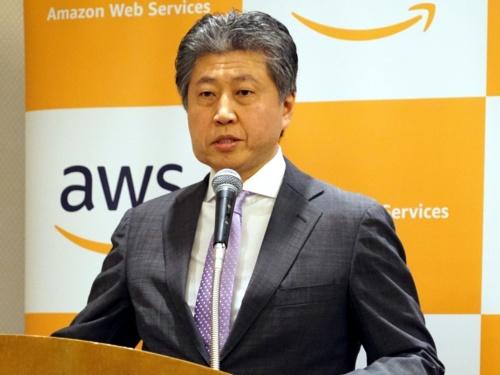 公共機関向けの取り組みを説明するアマゾン ウェブ サービス ジャパンの宇佐見潮パブリックセクター統括本部長