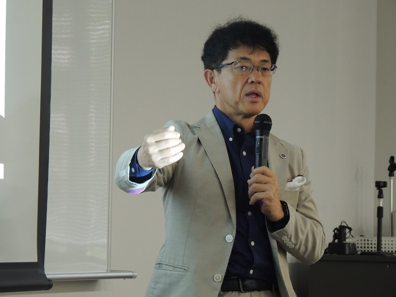 プロジェクトマネージャーを務める筑波大学大学院人間総合科学研究科の久野譜也教授