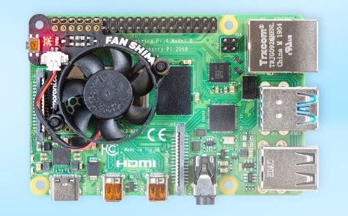 Fan SHIM for Raspberry Piを搭載したラズパイ4