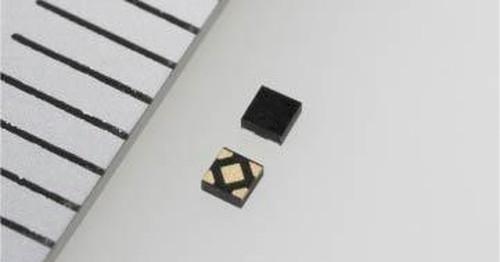 実装高さが0.33mmと薄く、消費電流が0.6μAと少ないLDOレギュレーターIC。トレックスの写真