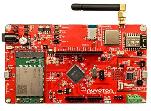 多機能評価ボードの「NuMaker-IoT-M263」。Nuvotonの写真