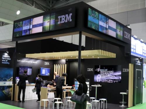 東京モーターショーの日本IBMブース