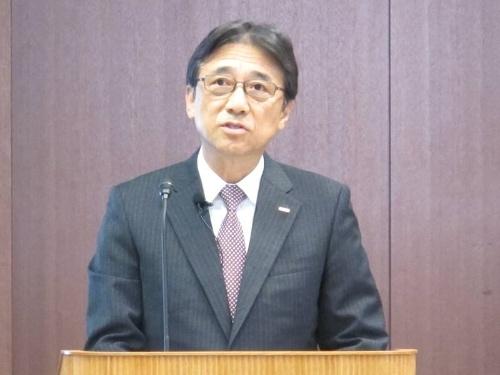2019年4~9月期決算を発表するNTTドコモの吉沢和弘社長